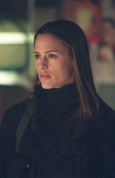 Alias - Ein neuer Auftrag erwartet Sydney (Jennifer Garner) in Srinagar ... -...