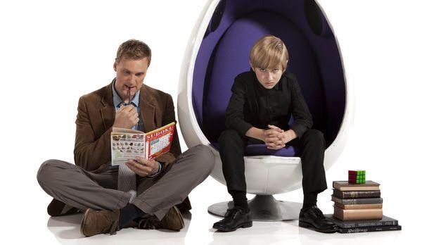 (1. Staffel) - Um seinem frühreifen neunjährigen Sohn Marcus (Jude Wright, r....