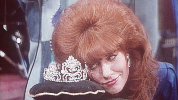 Diese Krone möchte Peggy (Katey Sagal) tragen - als Ballkönigin. © Sony Pictu...