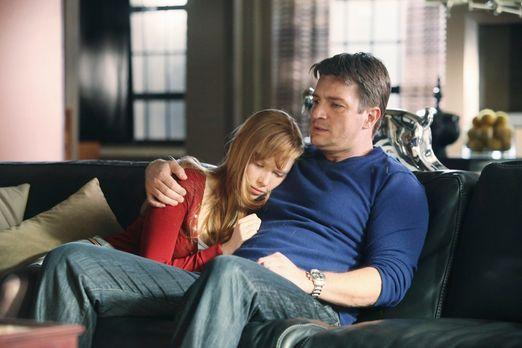Castle - Auch an Alexis (Molly C. Quinn, l.) gehen die Ereignisse der letzten...
