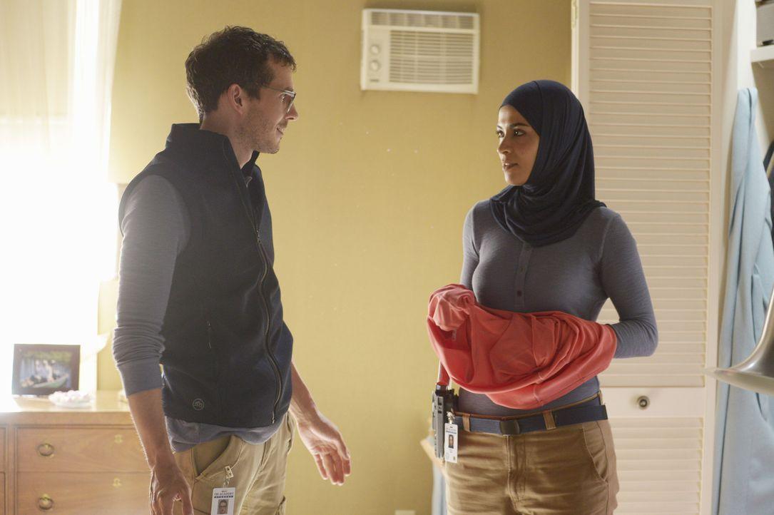 Können sie sich gegenseitig vertrauen? Simon (Tate Ellington, l.) und Nimah (Yasmine Al Massri, r.) ... - Bildquelle: 2015 ABC Studios