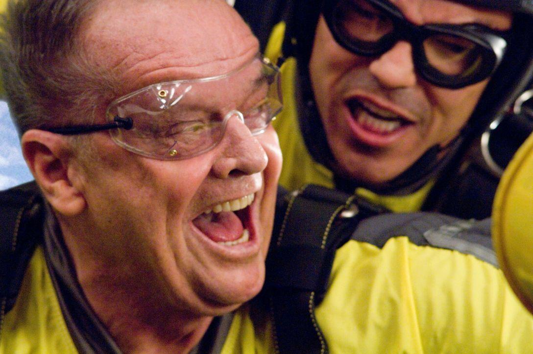 Nach einer Krebsdiagnose möchte Edward (Jack Nicholson, vorne) sein Leben noch einmal richtig genießen ... - Bildquelle: TM and   2007 Warner Bros. Entertainment Inc. All Rights Reserved.