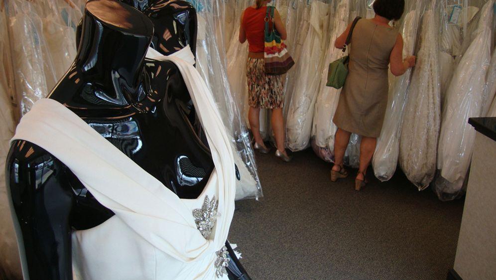 Brautkleider zum kleinen Preis - Bildquelle: TLC