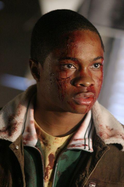 Wird Pete (Sam Jones III) seine neue Freundschaft zu einem Kriminellen zum Verhängnis? - Bildquelle: Warner Bros.
