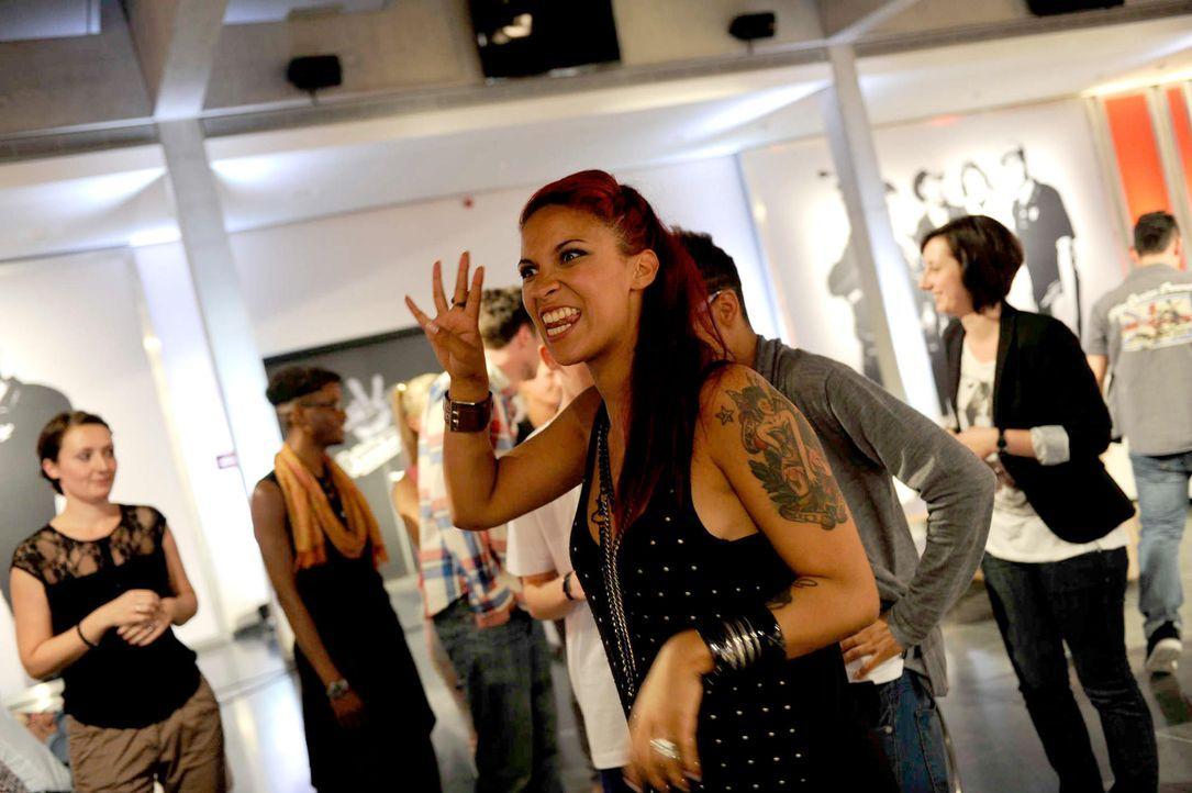jenna-the-voice-of-germany-staffel2-epi01-49-backstagejpg 2000 x 1331 - Bildquelle: ProSieben/SAT.1/Christoph Assmann