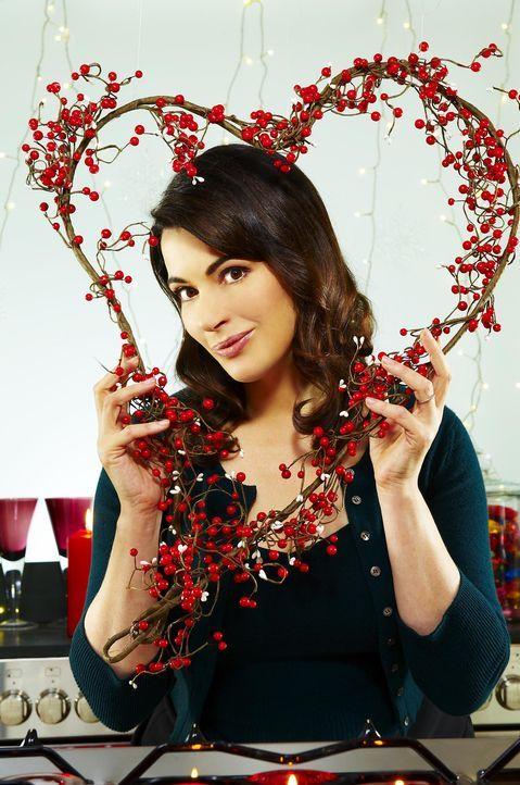 Neben den besten Kniffen für das Gelingen weihnachtlicher Köstlichkeiten, hat Star-Köchin Nigella Lawson wertvolle Tipps, wie man durch die richt... - Bildquelle: Flashback Television Limited 2008