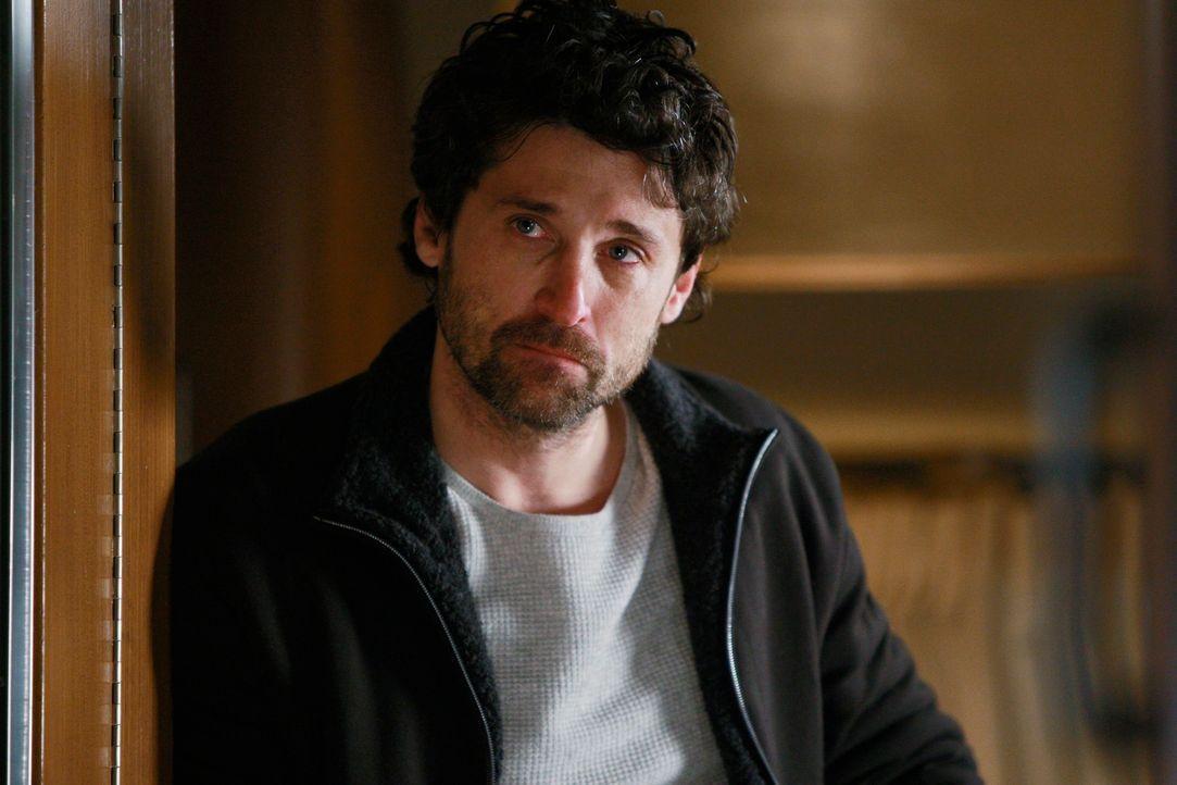 Wird von Schuldgefühlen geplagt und weigert sich, zurück ins Krankenhaus zu kommen: Derek (Patrick Dempsey) ... - Bildquelle: Touchstone Television