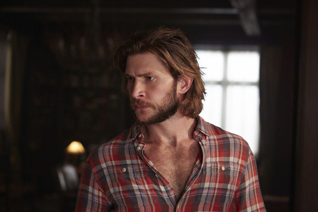 Eigentlich wollen Clay (Greyston Holt) und das Rudel den Hexen nur helfen, um anschließend Malcolm wiederzubekommen, doch dann kommt alles ganz ande... - Bildquelle: 2015 She-Wolf Season 2 Productions Inc.