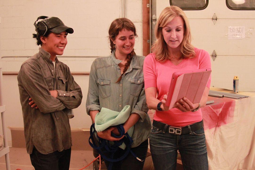 (v.l.n.r.) Jonathan; Elise; Lara Spencer - Bildquelle: 2014, HGTV/ Scripps Networks, LLC. All Rights Reserved.