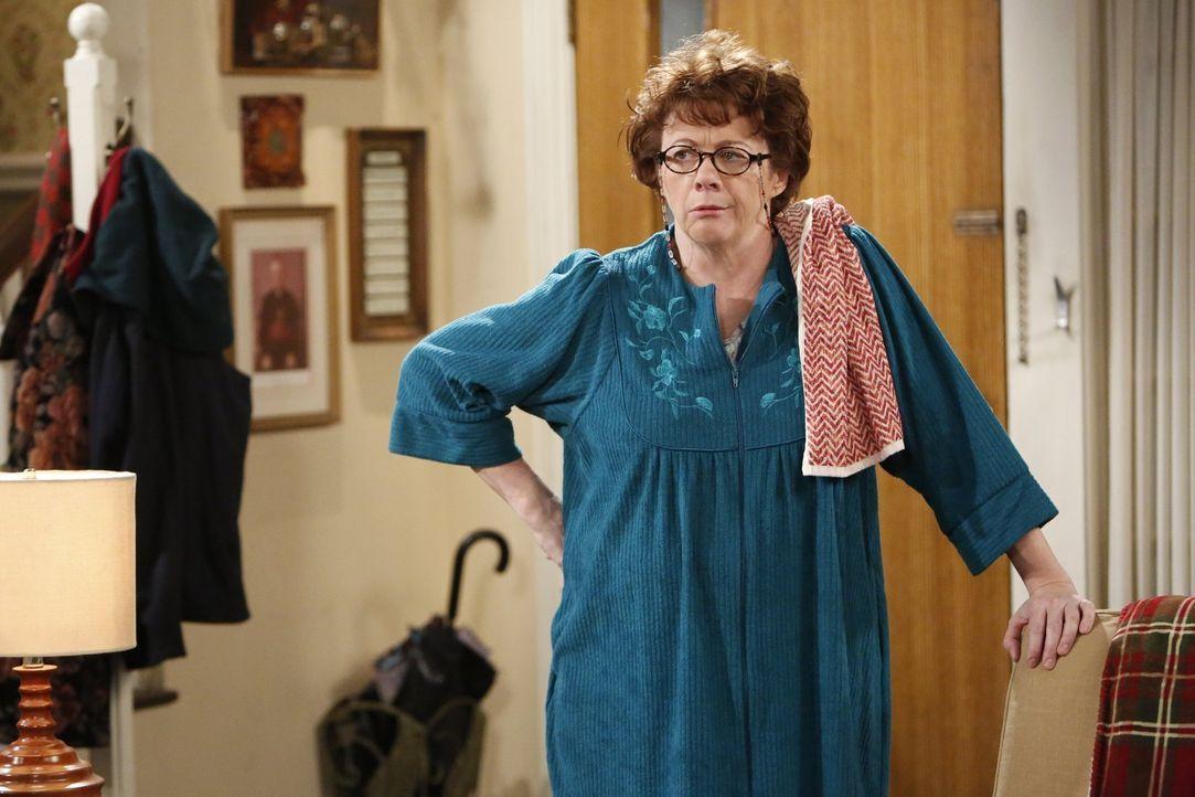 Peggy (Rondi Reed) ist genervt: Ihre Schwiegertochter Molly und ihre alte Kindheitsfreundin Kay verstehen sich besser, als ihr lieb ist ... - Bildquelle: Warner Brothers