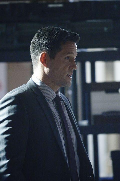 Liam (Josh Hopkins) und Miranda überzeugen Alex davon, dass sie ihre eigenen Freunde überwachen lässt. Doch wie werden diese reagieren, wenn sie dav... - Bildquelle: Philippe Bosse 2015 ABC Studios