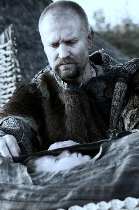 Als bei der Befreiungsaktion des Generals Virilius der Sohn des Pikten-Führers Gorlacon (Ulrich Thomsen) getötet wird, heften sich sofort die best...