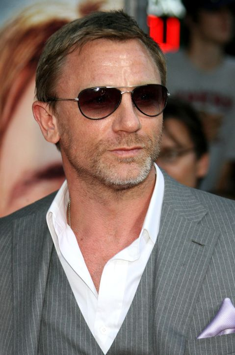 daniel-craig-08-07-31getty-afpjpg 1294 x 1950 - Bildquelle: getty-AFP