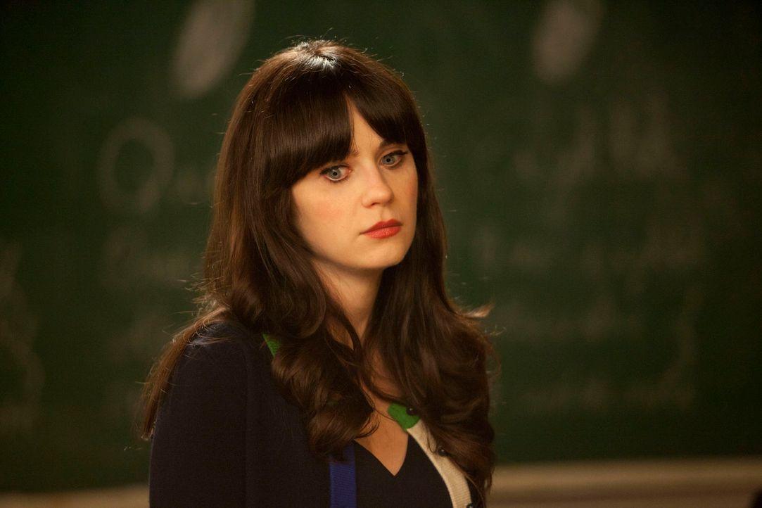 Jess (Zooey Deschanel) leidet, weil sie mit Russell Schluss gemacht hat und nicht weiß, ob das falsch war und sie sich nur selbst sabotiert hat ... - Bildquelle: 20th Century Fox