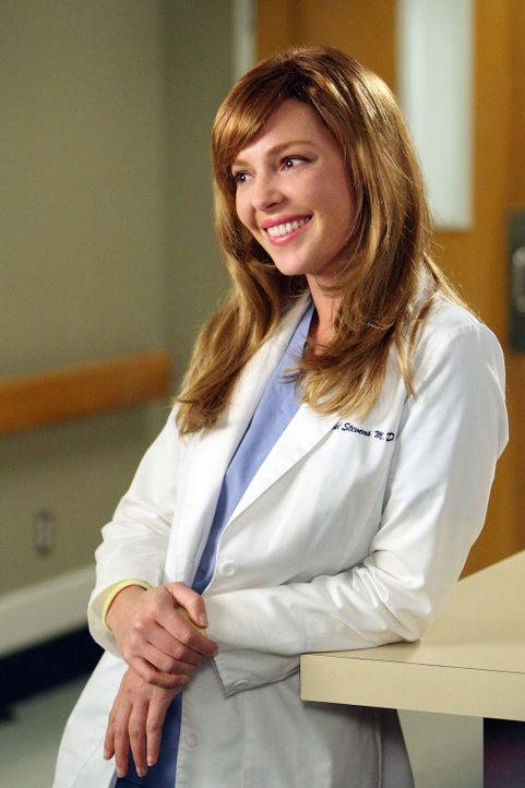 Aus Angst, keinen Job mehr zu haben, wenn sie wiederkommt, taucht sogar Izzie (Katherine Heigl) im Krankenhaus auf ... - Bildquelle: Touchstone Television
