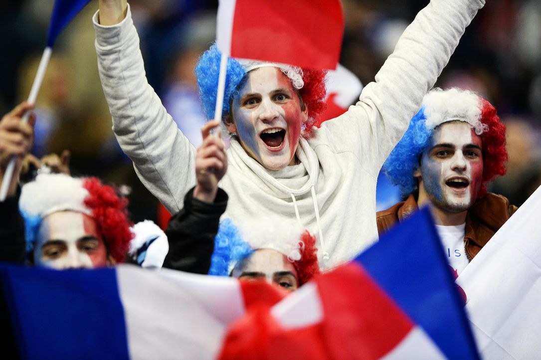 Frankreichs Fußball-Fans 1 - Bildquelle: AFP
