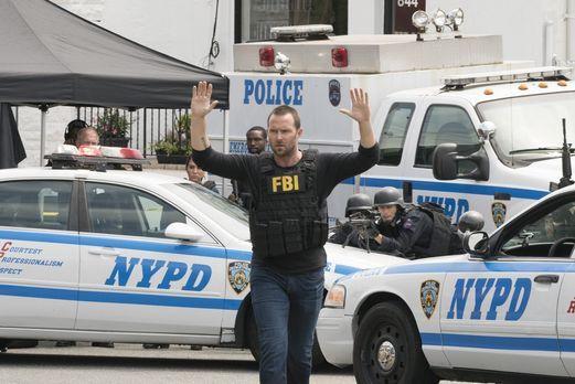 Blindspot - Als eine Serie von Sprengstoffanschlägen New York erschüttert und...