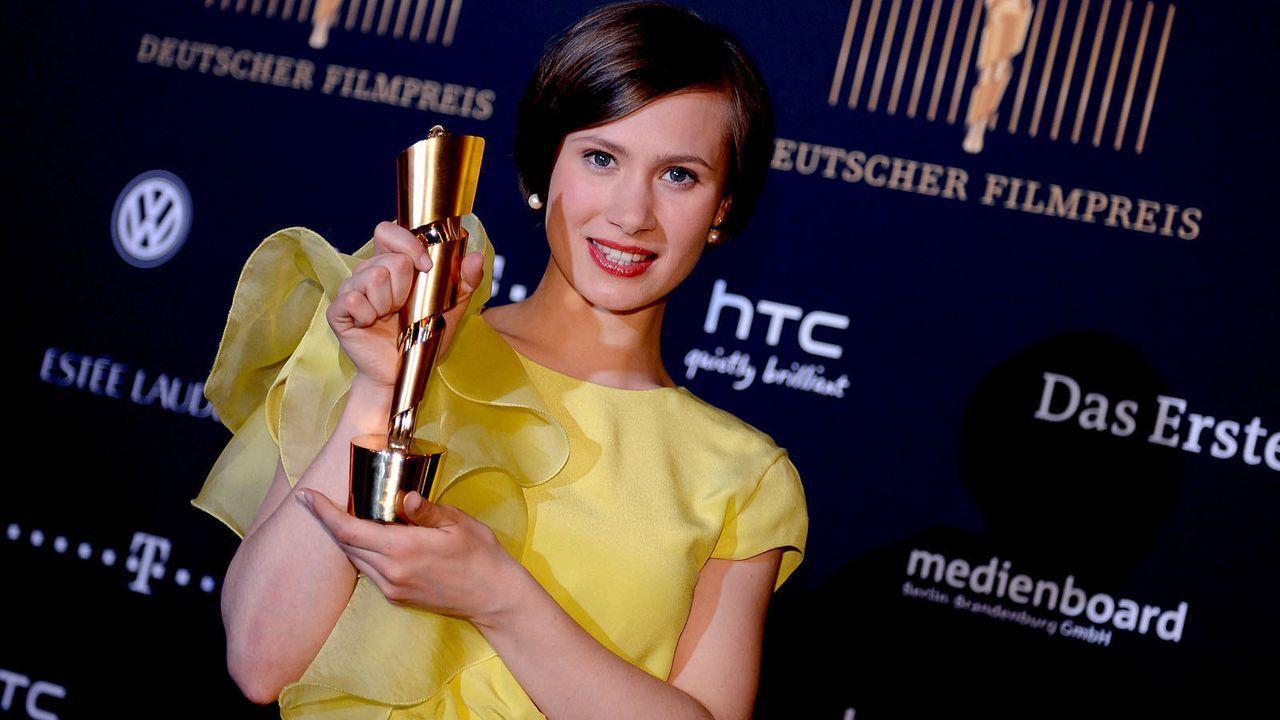 deutscher-filmpreis-12-04-27-alina-levshin-08-dpajpg 1600 x 900 - Bildquelle: dpa