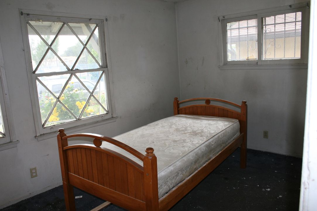 In diesem Bett will man die Nacht lieber nicht verbringen ... - Bildquelle: 2014,HGTV/Scripps Networks, LLC. All Rights Reserved