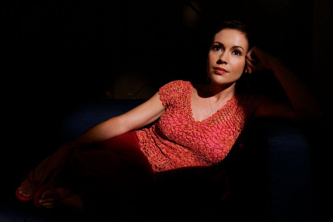 Macht sich Sorgen um ihre Schwester: Phoebe (Alyssa Milano) ... - Bildquelle: Paramount Pictures