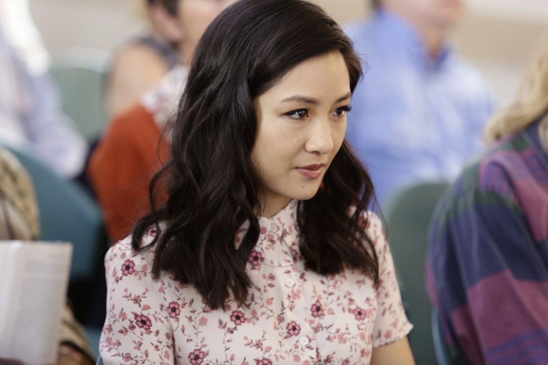 Jessica (Constance Wu) erhält eine Vorladung zum Geschworenendienst. Obwohl sie eigentlich überhaupt keine Lust dazu hat, will sie doch den Posten d... - Bildquelle: 2016-2017 American Broadcasting Companies. All rights reserved.