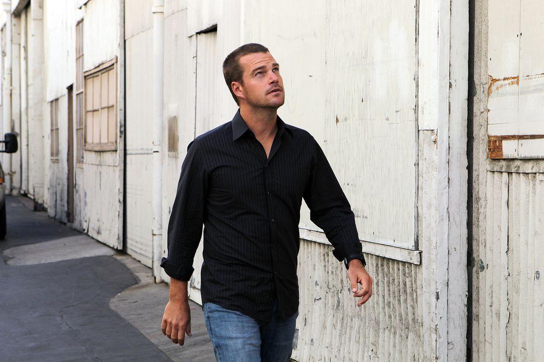 Ermittelt undercover um einen neuen Fall zu lösen: Callen (Chris O'Donnell) ... - Bildquelle: CBS Studios Inc. All Rights Reserved.