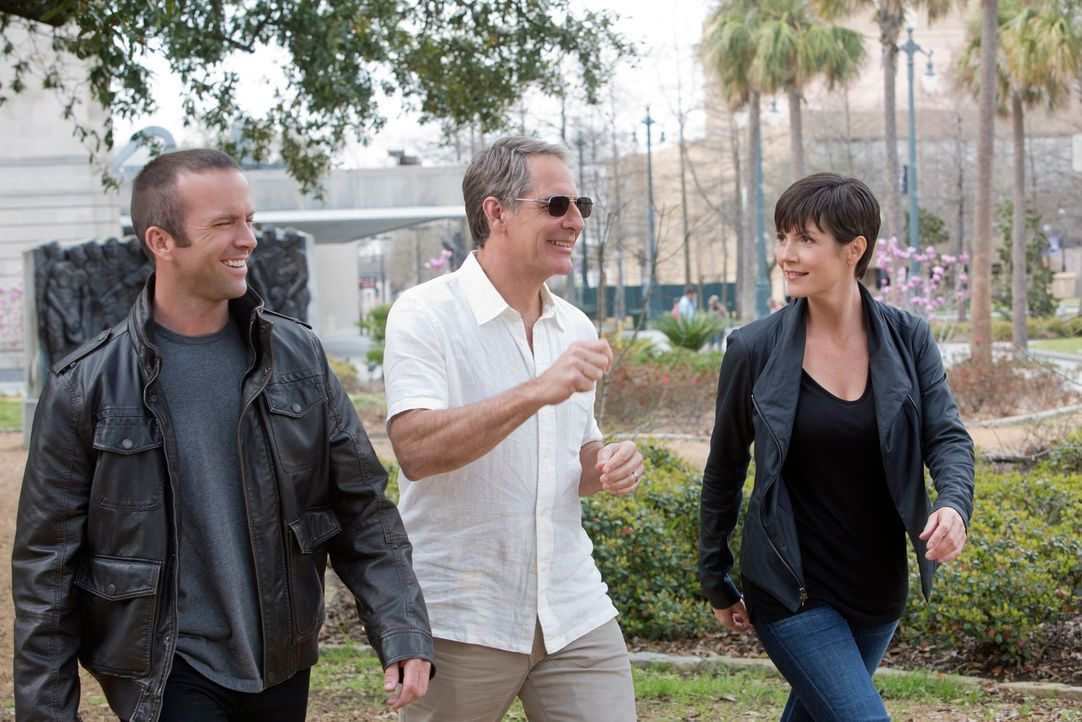 """Begeben sich in New Orleans auf die Spur des berüchtigten """"Privileged Killer"""": Lasalle (Lucas Black, l.), Pride (Scott Bakula, M.) und Meredith """"Mer... - Bildquelle: CBS Television"""