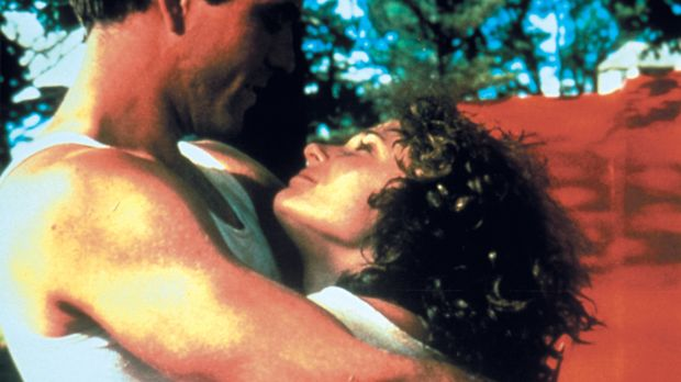 Ein Bild aus glücklichen Tagen: Max Rockatansky (Mel Gibson, l.) und seine Fr...