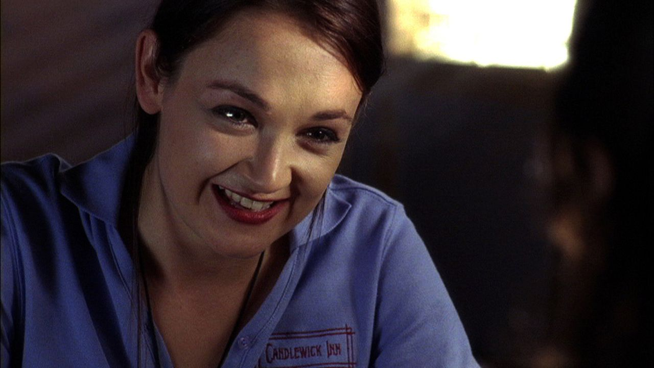 Kellys (Anne Mae Routledge) Mutter wurde ebenfalls ermordet. Sie bittet Abby um Hilfe ... - Bildquelle: 2009 CBS Studios Inc. All Rights Reserved.