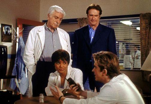 (v.l.n.r.) Mark (Dick Van Dyke), Amanda (Victoria Rowell) und Steve (Barry Va...