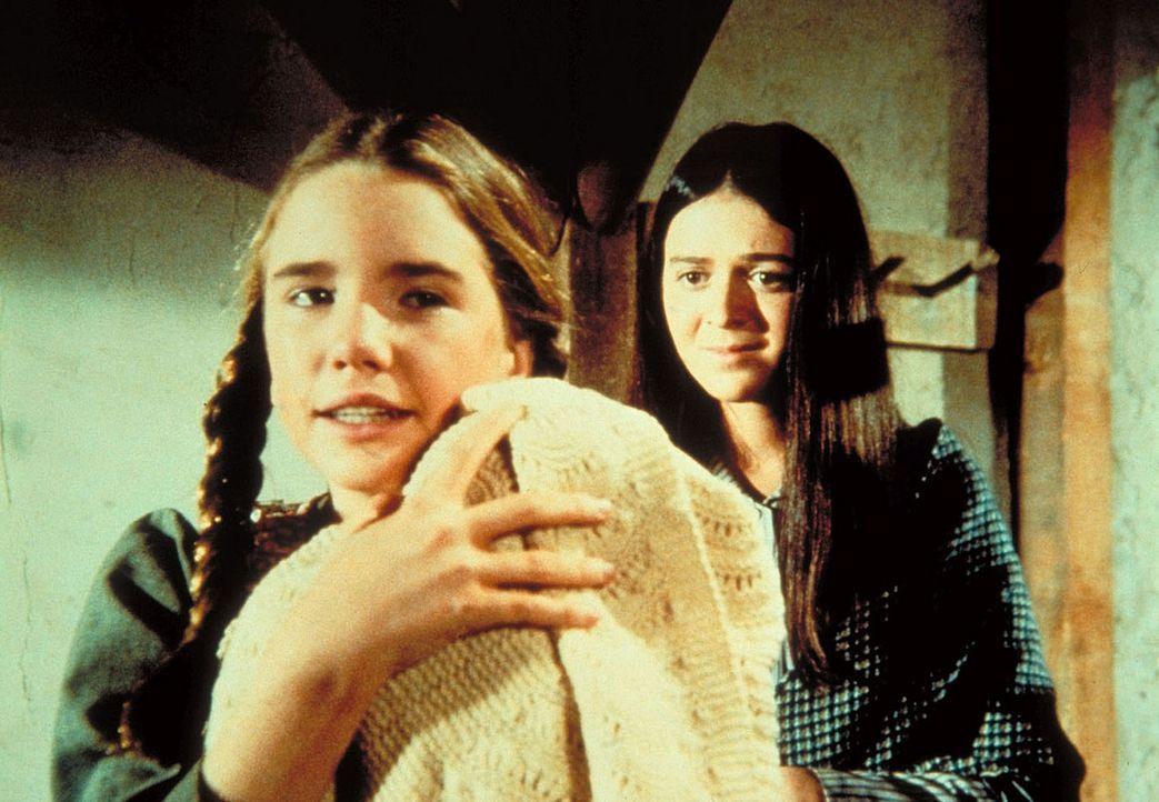 Glücklich und zufrieden: Laura (Melissa Gilbert, l.), das Baby und die wieder gefundene Mutter Anna (Lenora May, r.). - Bildquelle: Worldvision