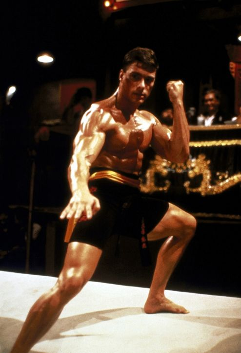 Um seinen japanischen Altmeister zu ehren, tritt Frank (Jean-Claude van Damme) bei einem internationalen Wettkampf in Hongkong an ... - Bildquelle: Cannon Group
