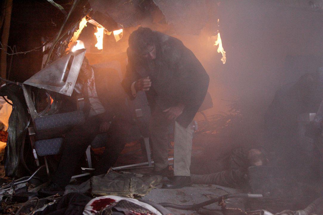 Beim Absturz eines Airbus A320 am 20. Januar 1992 in der Nähe des Odilienbergs (Elsass) kommen 87 Menschen ums Leben. Neun Personen überleben das Un... - Bildquelle: Ian Watson Cineflix 2009