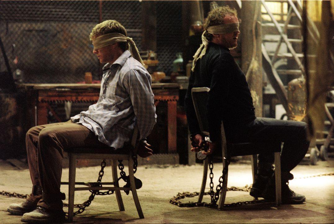 Werden in Marokko entführt und erleben die Hölle auf Erden: Martijn (Ryan Phillippe, l.) und Gavin (Colm Meaney, r.) ... - Bildquelle: Lions Gate Films