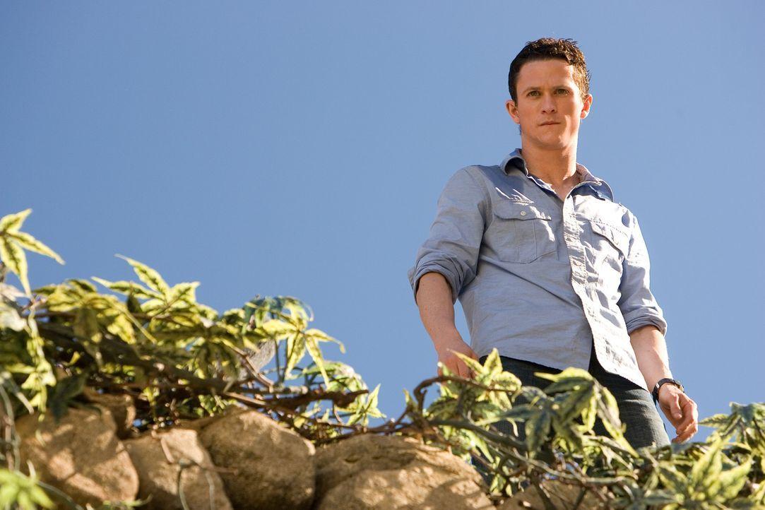 Als Jeff (Jonathan Tucker) unter den Rankpflanzen einige verweste Leichen entdeckt, wird ihm klar, dass sein Leben in allergrößter Gefahr ist ... - Bildquelle: 2008 DreamWorks LLC. All Rights Reserved.l
