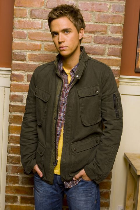 (4. Staffel) - Gemeinsam mit Declan (Chris Olivero) geht Kyle weiter auf die Suche nach seiner Vergangenheit ... - Bildquelle: TOUCHSTONE TELEVISION
