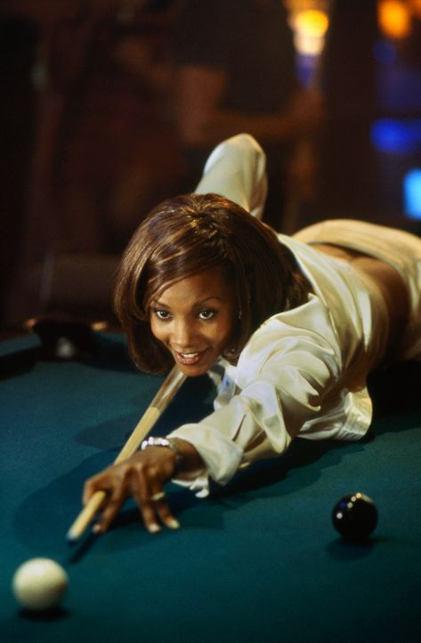 Lysterine (Vivica A. Fox) legt sich bei ihrem Blind-Date richtig ins Zeug ... - Bildquelle: 1997 Columbia Pictures Industries, Inc. All Rights Reserved.