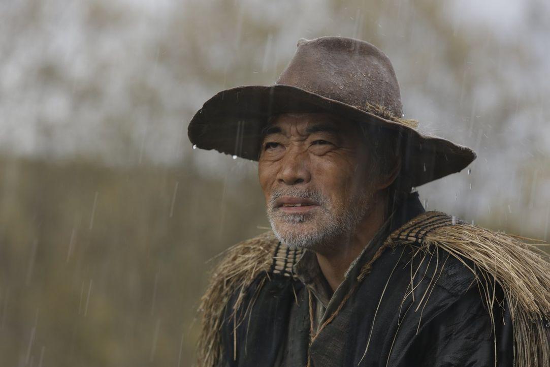 Als der in die Jahre gekommene Kingo (Akira Emoto) von einem Kopfgeld auf zwei Brüder erfährt, macht er sich sofort auf die Suche nach seinem alten... - Bildquelle: Warner Bros.