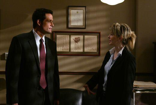 Cold Case - Kann Kite (Josh Hopkins, l.) vielleicht Det. Lilly Rush (Kathryn...