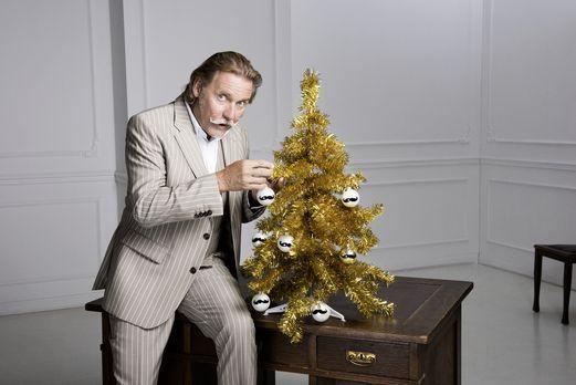 Auch in der Adventszeit steht Anwalt Ingo Lenßen den TV-Zuschauern kostenlos...