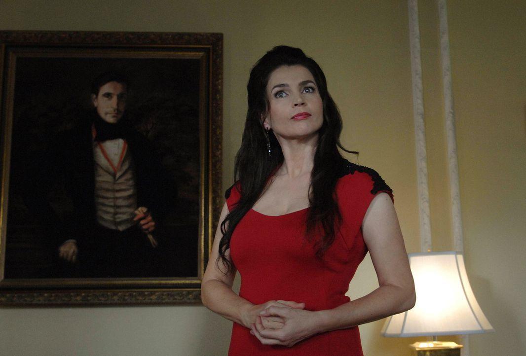 Ihre Vergangenheit holt Joanna (Julia Ormond) ein und bringt sie an die Grenzen ihrer Kräfte ... - Bildquelle: 2013 Lifetime Entertainment Services, LLC. All rights reserved.