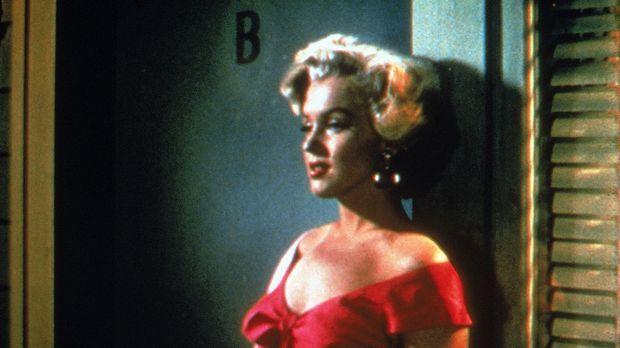 Die attraktive Loomis (Marilyn Monroe) plant zusammen mit ihrem Geliebten, ih...
