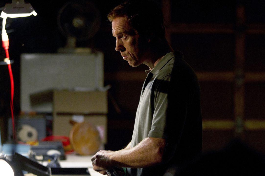 Weiß Nicholas (Damian Lewis) wie weit er gehen kann, ohne seine Familie auf's Spiel zu setzen? - Bildquelle: 2011 Twentieth Century Fox Film Corporation. All rights reserved.