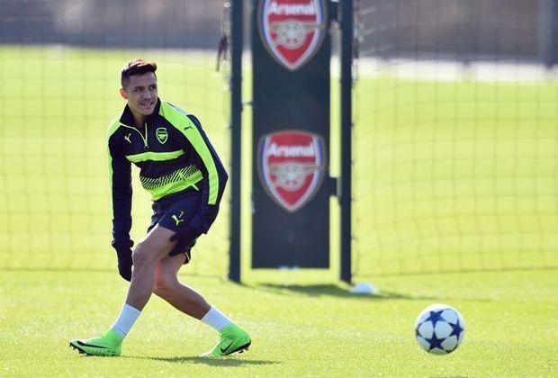 Darf wegen des Transferpokers nur trainieren: Sanchez