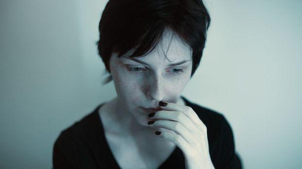 Angst vor Sex kann in einer Beziehung zum Problem werden, dabei gibt es einig...