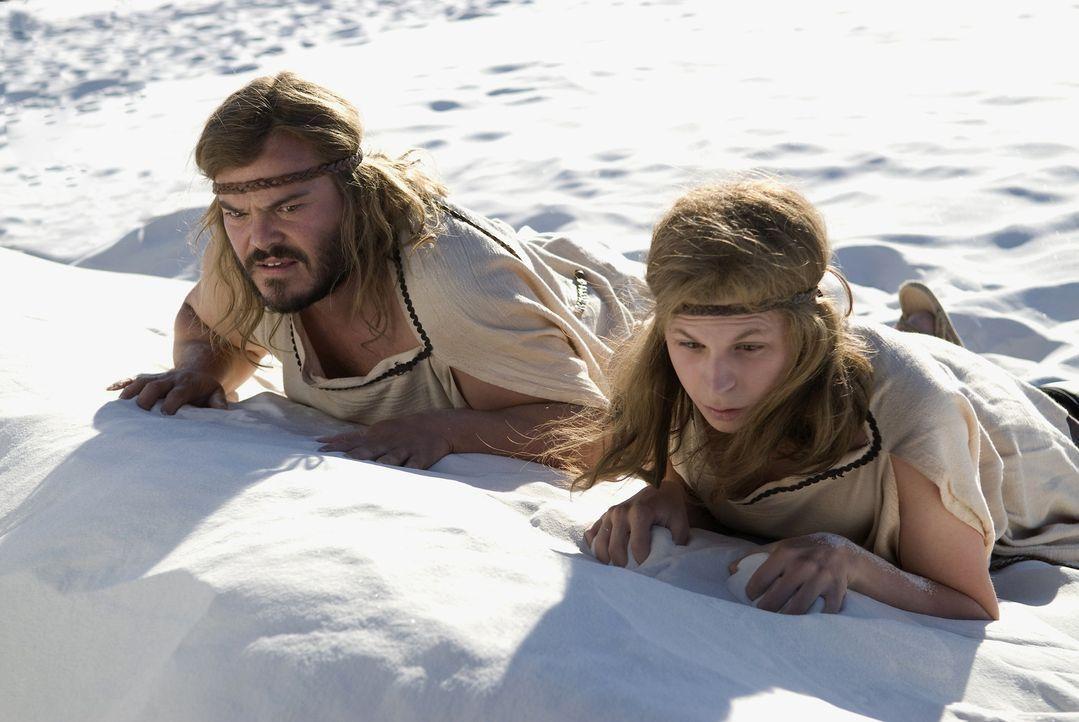 Für die Steinzeit-Menschen Zed (Jack Black, l.) und Oh (Michael Cera, r.) beginnt eine Odyssee biblischen Ausmaßes, während dieser Zed immer weit... - Bildquelle: 2009 Columbia Pictures Industries, Inc. All Rights Reserved.