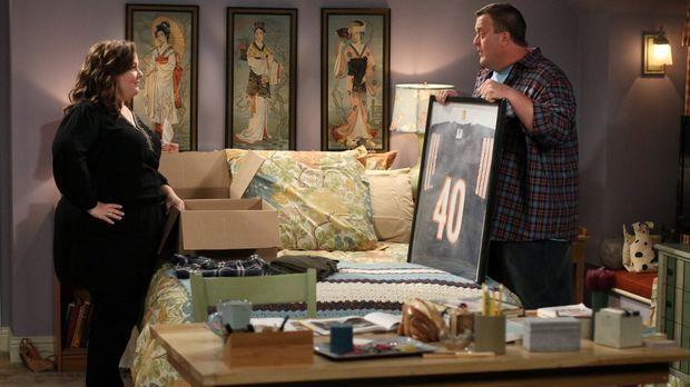 Haben beschlossen, gemeinsam in Mollys Wohnung zu wohnen: Molly (Melissa McCa...