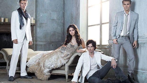 Klaus (Joseph Morgan) wird auch in Staffel 3 Elena (Nina Dobrev), Damon (Ian...