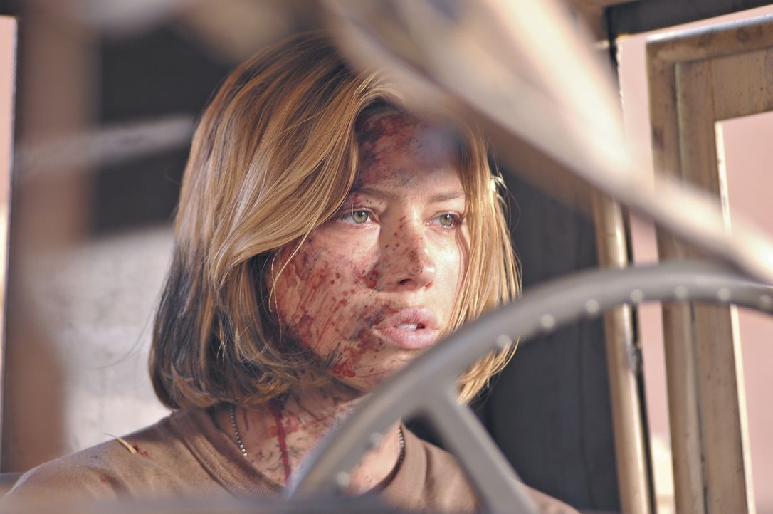 Für Vanessa Price (Jessica Biel) und die anderen Überlebenden des Irakkrieges ist es auch in der Heimat nicht möglich, das Erlebte zu verarbeiten... - Bildquelle: Nu Image