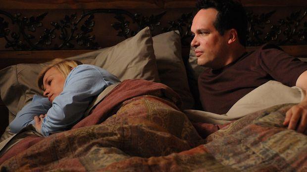 Allison (Patricia Arquette, l.) begegnet immer wieder einem fremden Mann (Die...